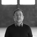 Diego Matos é pesquisador, curador e professor (Foto: Everton Ballardin)